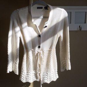Moda International off-white sweater size medium